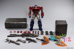 Pre-order Standard Ver. ToyWorld TW-F09 TWF09 Freedom Leader Optimus Prime Toy